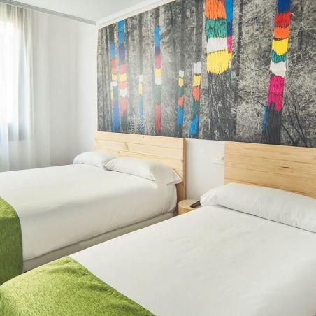 Compact bed met bedlades combinatie