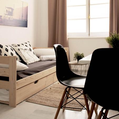 Eenpersoonsbed met lattenbodem en twee bedlades
