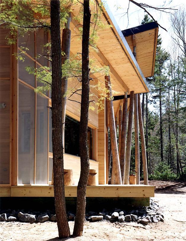 indubrik_muebles_madera_maciza_blog_villa_du_lac_castor_francia_pierre_thibault_vivienda_troncos_madera_exterior_3