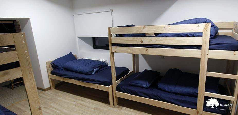 Camas y literas baratas para albergues y refugios de monta a for Busco una cama barata