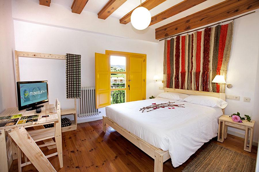muebles habitación estandar Posada Hoyos de Iregua