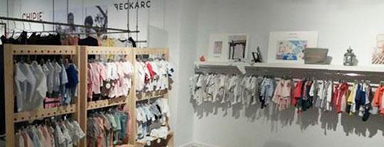 Percheros BEKA en la tienda KIDILIZ de Bilbao.