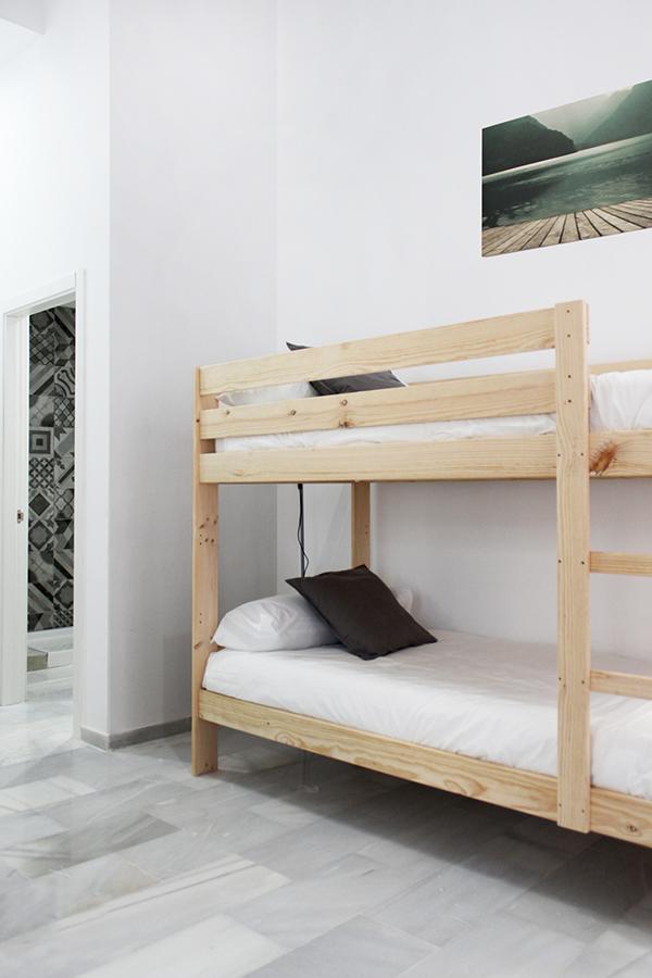 Muebles baratos de madera maciza para viviendas y apartamentos - Literas madera maciza ...