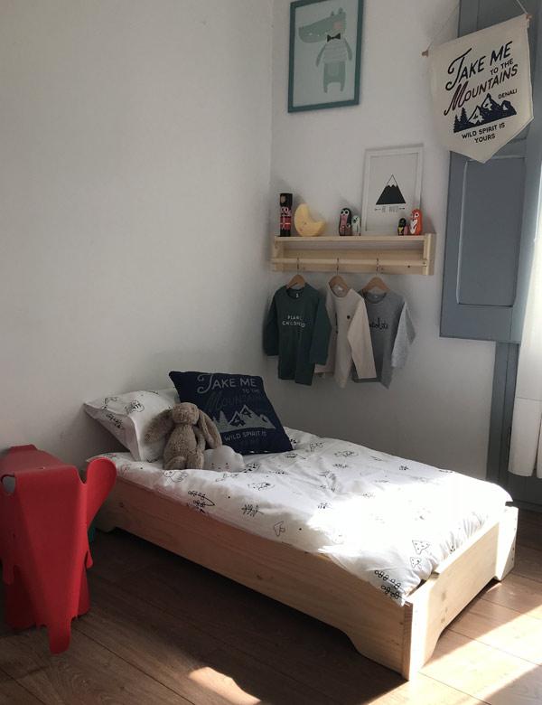 cama infantil montessori barata y de fácil montaje
