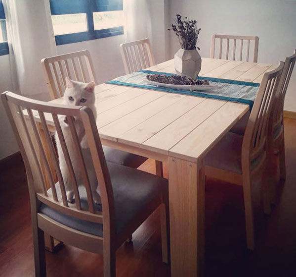 mesa de comedor barata de madera ecológica