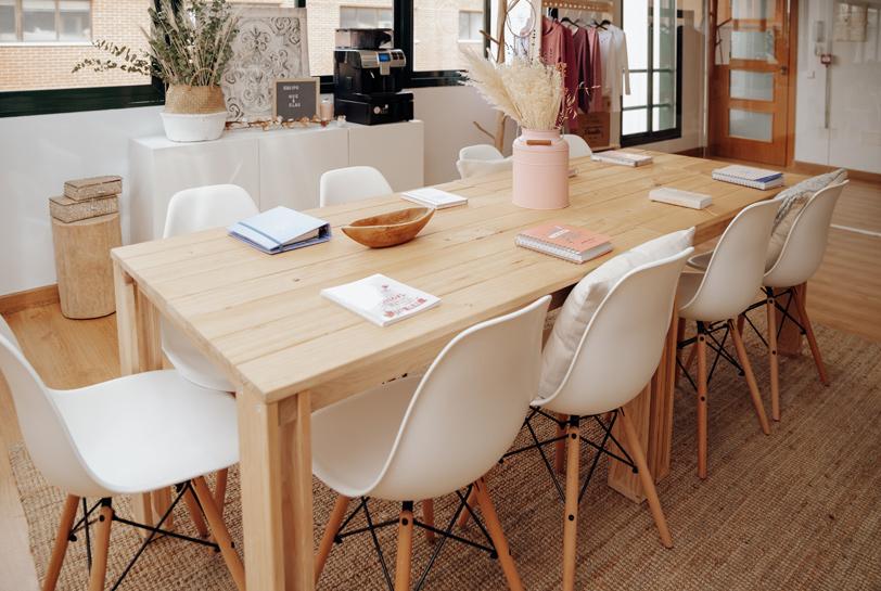 Mesa de madera maciza ecológica barata para tienda o negocio