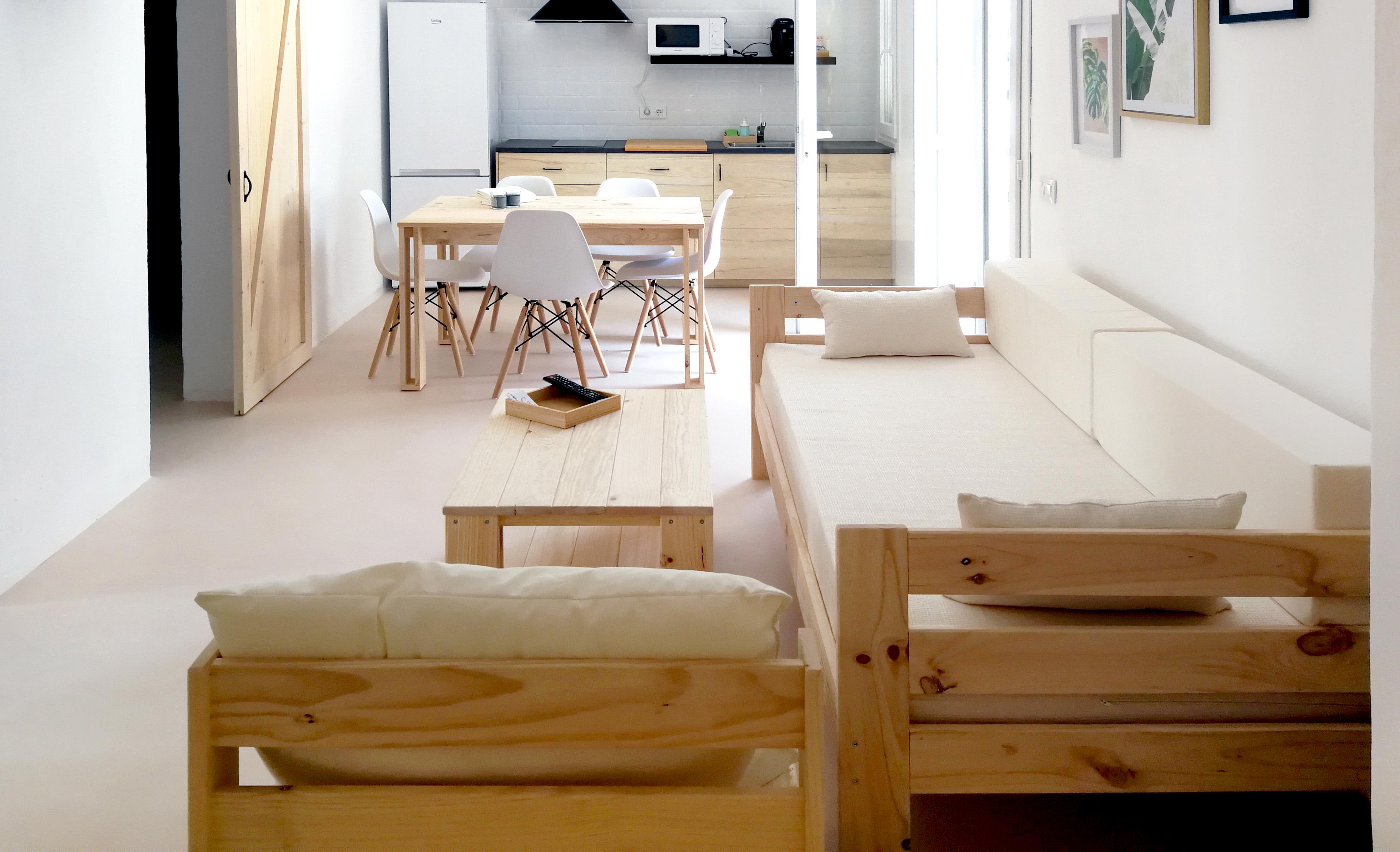 Muebles baratos para alojamientos turísticos