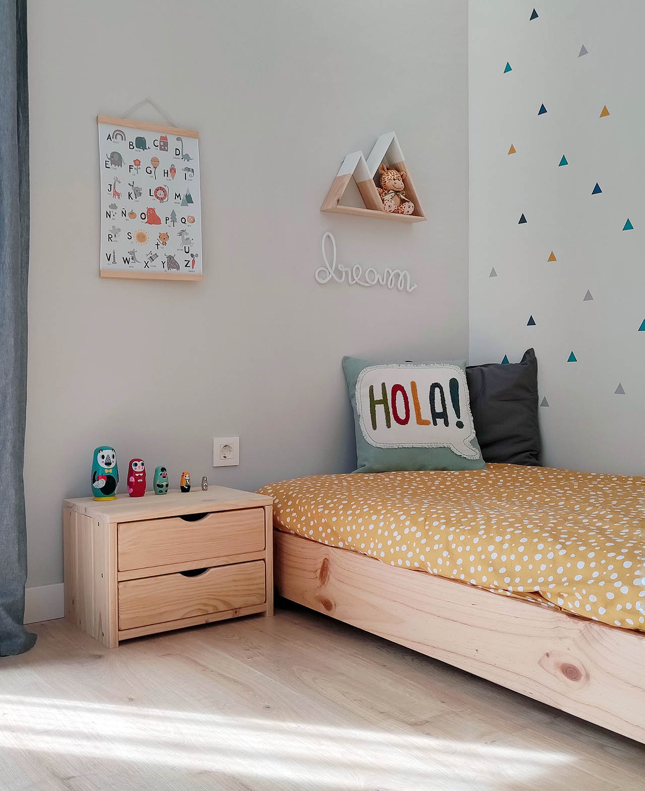 mobiliario-infantil-de-madera